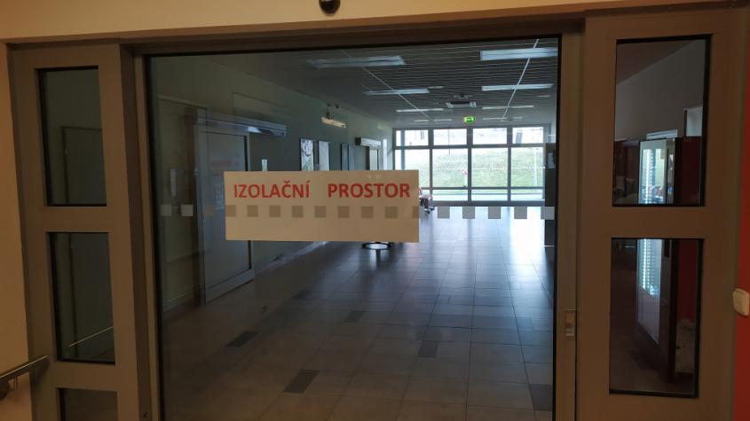Nemocnice připravila speciální izolační ambulance, zatím preventivně