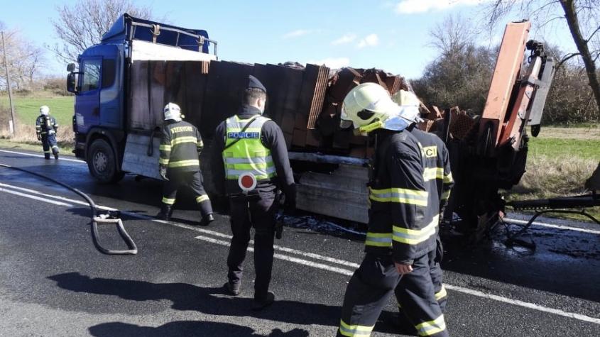 Požár kamionu uzavřel Strakonickou