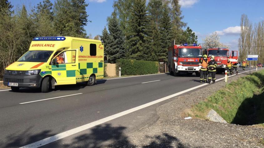 Policisté dohledali majitele vozidla, které havarovalo u Rožmitálu a řidič utekl. Já neřídil, klíče jsem zapůjčil, řekl