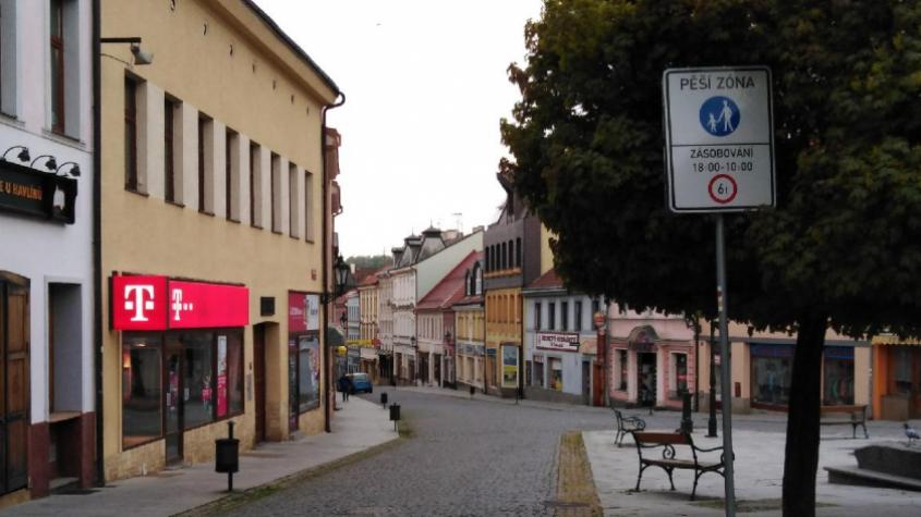 Příbram nainstaluje výsuvné sloupky na vjezdu do Pražské ulice
