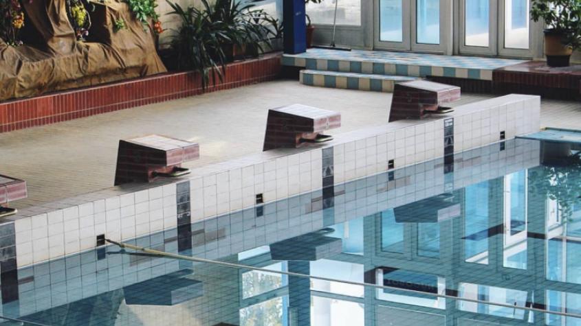 Přehledně: Podmínky pro otevření hotelů, bazénů, kempů či restaurací