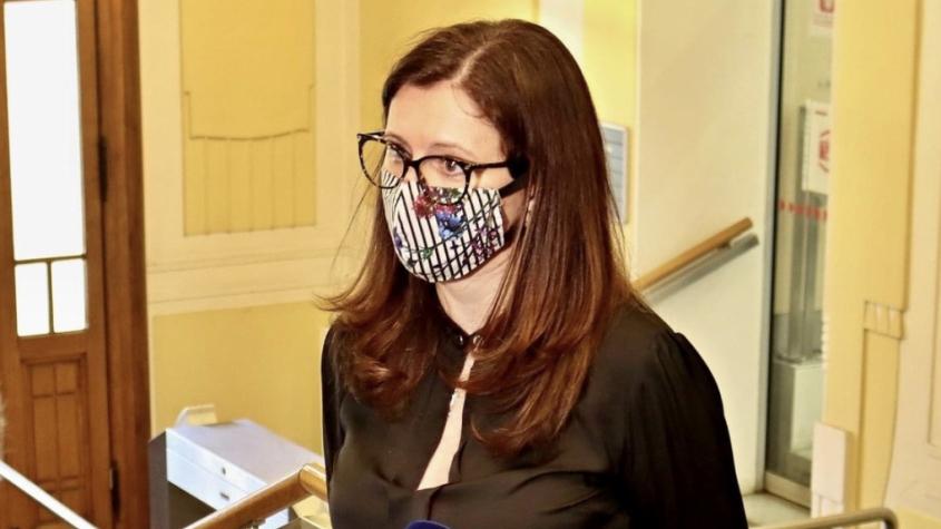 Hejtmanka kvůli trestnímu oznámení čelí na sociálních sítích kritice, někteří požadují rezignaci