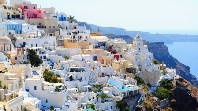 Cestovní kanceláře obnovily prodej letních zájezdů, dominuje Řecko a Bulharsko