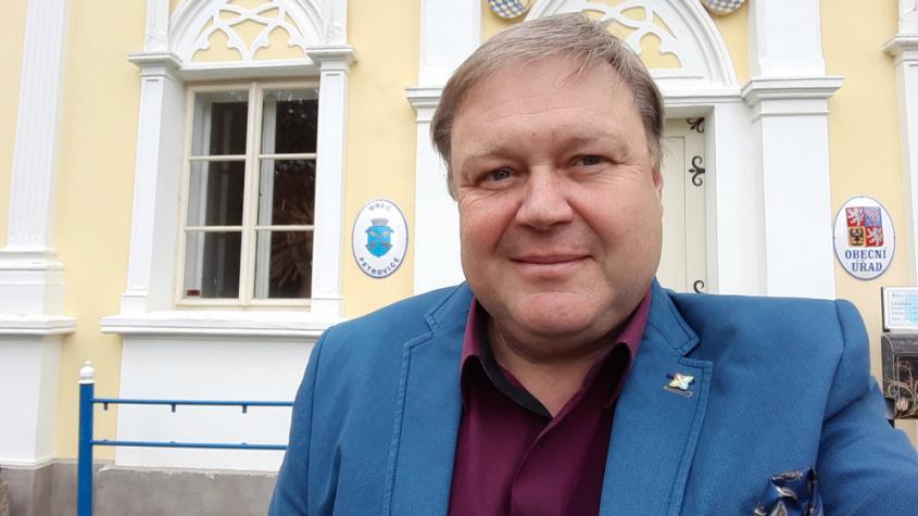 """Rád bych do Senátu vnesl """"selský rozum,"""" říká Petr Štěpánek"""