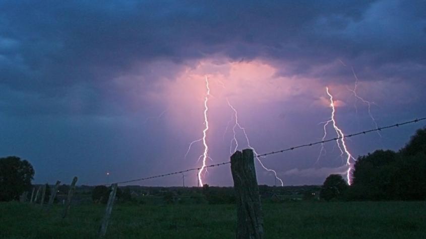 Meteorologové zpřísnili varování: Bouřky budou mnohem intenzivnější