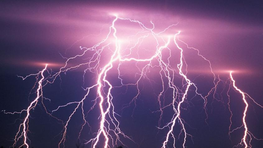 Meteorologové zpřísnili varování: Bouřky a přívalové deště budou mnohem intenzivnější