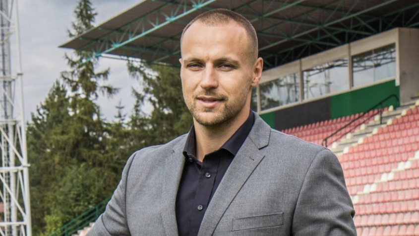 Jsme optimisté a věříme, že zvládneme vyhrát oba rozhodující zápasy, řekl majitel 1.FK Příbram Jan Starka