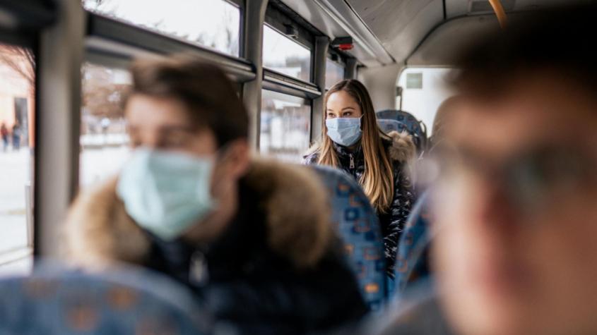 Aktuálně nemocných je skoro o dva tisíce méně, ministerstvo výrazně revidovalo koronavirové statistiky