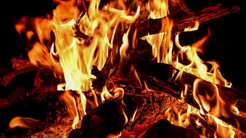 Od pátku platí zákaz rozdělávání ohňů i používání zábavní pyrotechniky