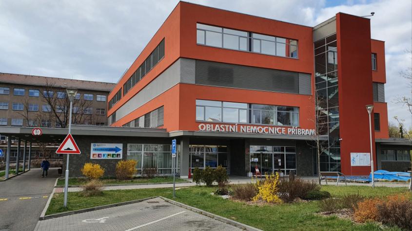 Příbramská nemocnice láká na výstavu Úsměv a radost