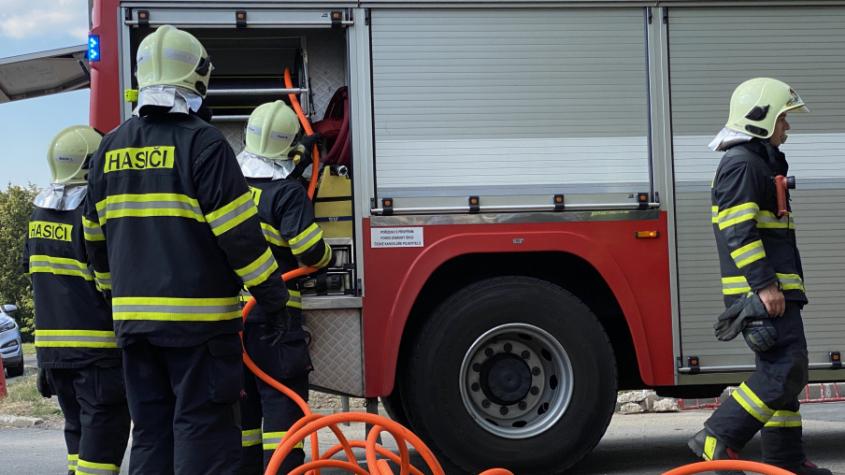 Čtyři hasičské jednotky vyjížděly k nahlášenému požáru kotelny domova seniorů v Příbrami