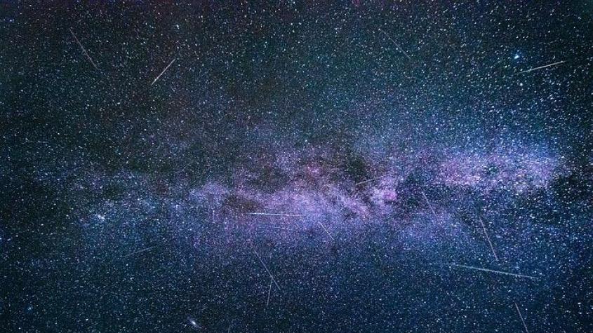 Čeká nás nebeská podívaná. Vrcholí Perseidy, roj meteorů bude vidět už po setmění