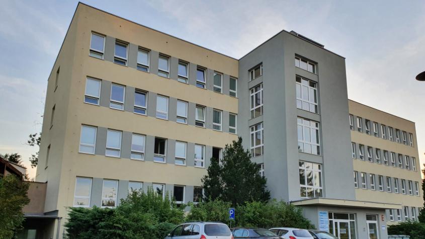 Příbramská nemocnice s okamžitou platností zakazuje návštěvy v LDN a OŠP