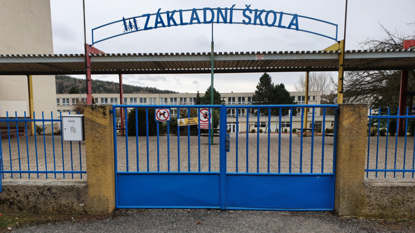 Ředitelé škol dostanou od ministerstva manuály pro chod výuky