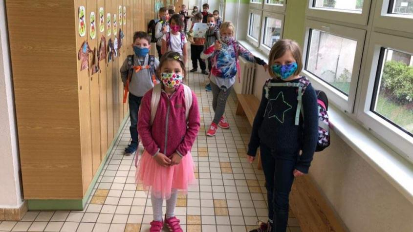 Dva týdny před začátkem školy dostali ředitelé pokyny k provozu za epidemie