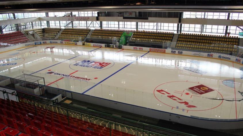 Covid má devět příbramských hokejistů, ostatní čekají na výsledky