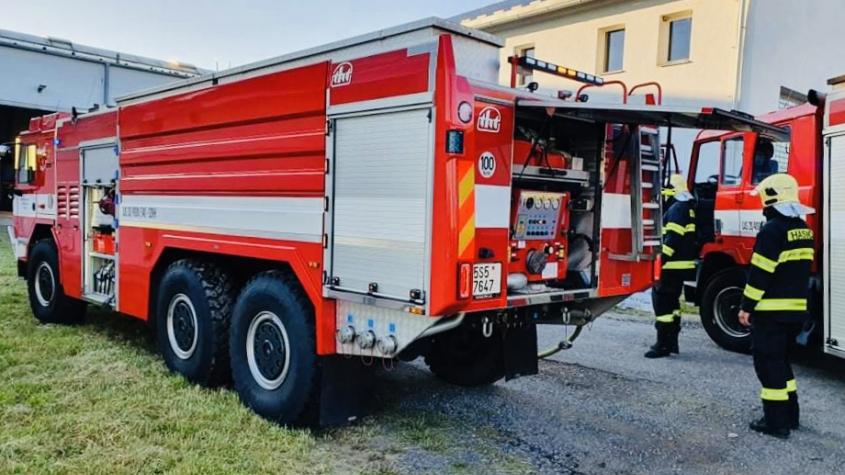 Tři hasičské jednotky likvidovaly ve výrobní firmě v Příbrami požár autogenní soupravy