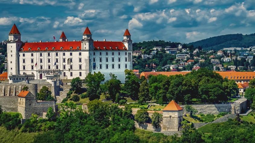 Slovensko od pátku zařadí Česko kvůli koronaviru mezi rizikové země