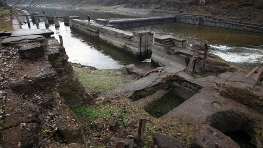 Stavby na dně Orlické přehrady znovu uvidí světlo světa