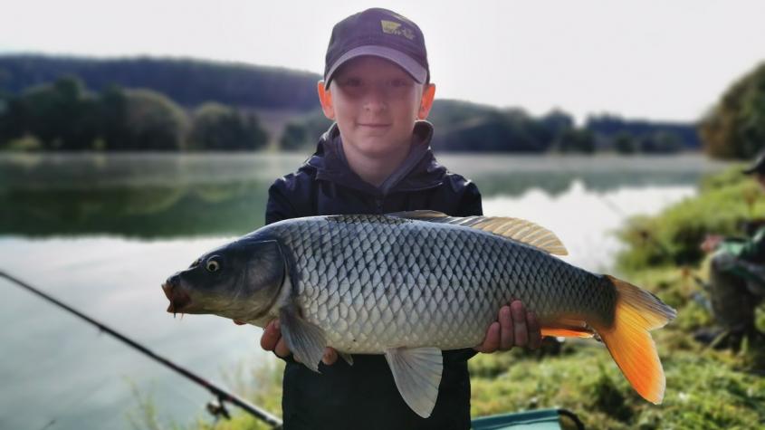 Mladí rybáři závodili na Sedlčanském cejnovi
