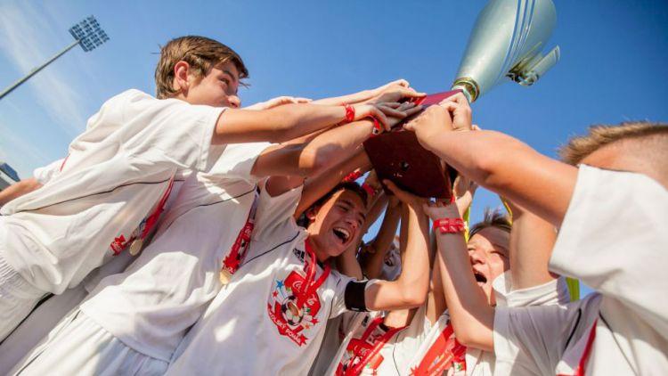 Žáci z příbramské základní školy zvítězili na turnaji Coca – Cola Cup 2014