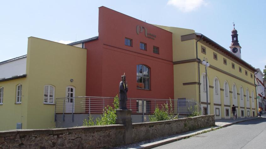 Středočeská muzea po uzavření pečují o sbírky a chystají výstavy
