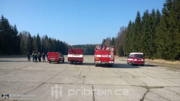 Březohorší hasiči cvičili jízdu se zásahovými vozidly
