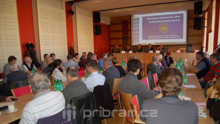 Členové IZS školili starosty v řešení krizových situací