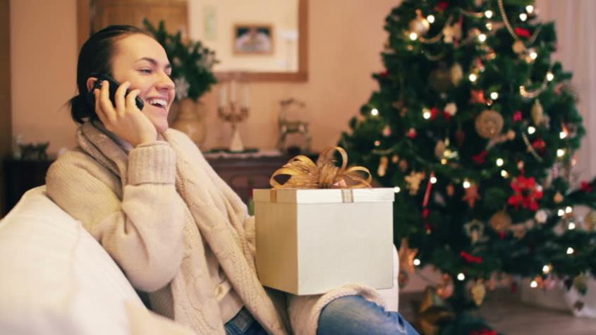 Mobilní operátoři budou o Vánocích nabízet mobily na splátky