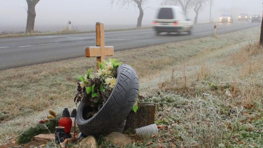 Ve středních Čechách zemřelo loni při nehodách méně lidí
