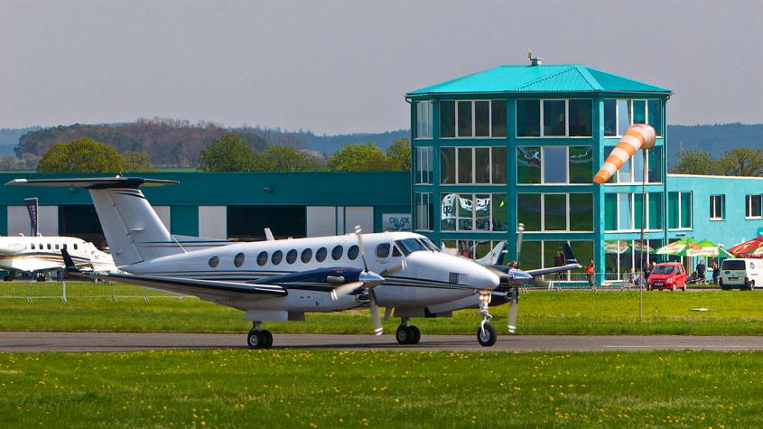 Letiště Příbram: Zájem o hangárovací místa pro soukromá letadla neustále roste