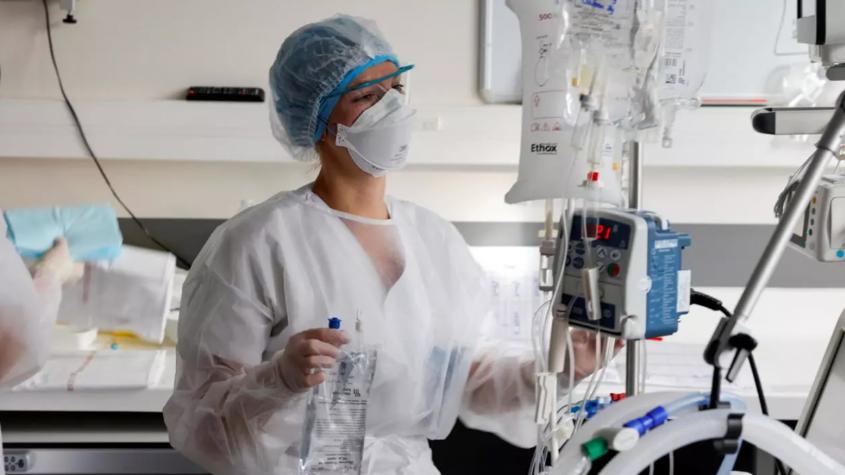 Ministerstvo: Nemocnice návštěvy umožnit mohou, ale nemusí