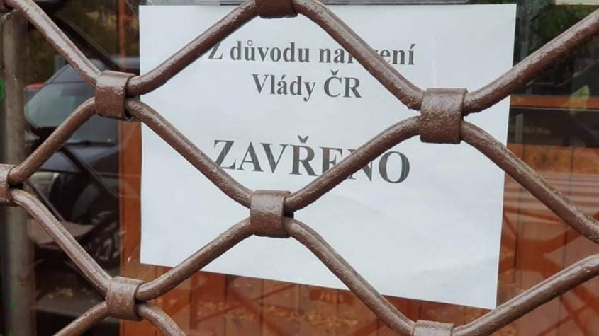 Česká ekonomika se loni propadla nejvíce za dobu samostatné ČR