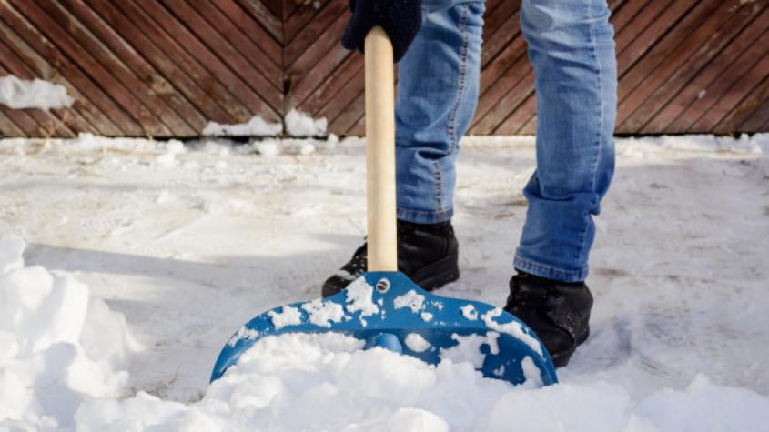 Odklízíte sníh na vozovku? Připravte si peníze na pokutu