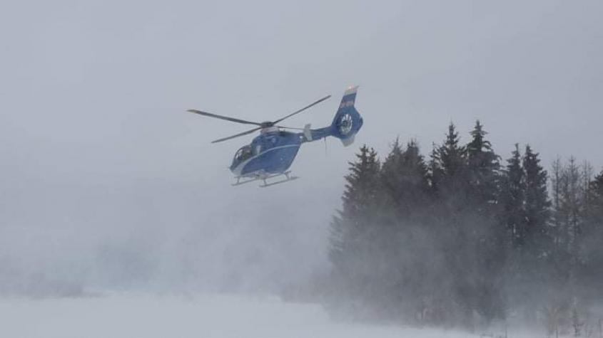 Na orlické přehradě se probořili tři bruslaři a dva hasiči
