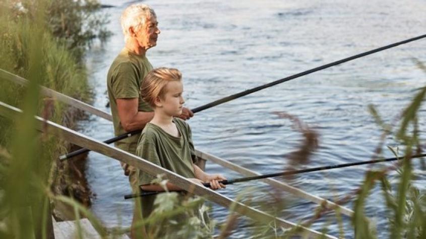 Rybáři nakonec nebudou smět lovit v noci ani mimo obec