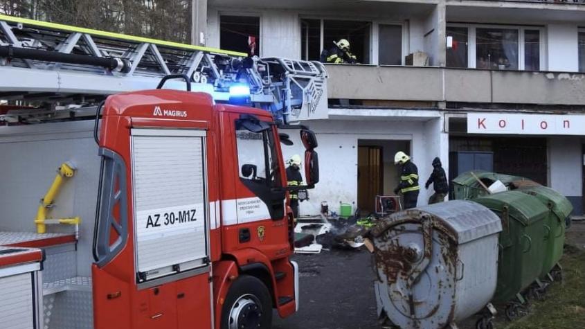 Dvě hasičské jednotky vyjížděly k nahlášenému požáru v ubytovně pod Čerťákem