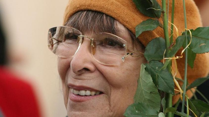 Ve věku 89 let zemřela šansoniérka Hana Hegerová