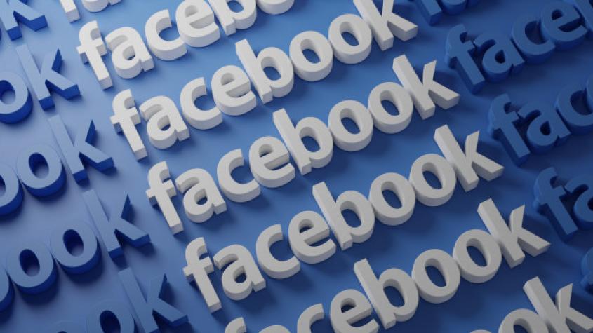Ahoj, pošli mi své telefonní číslo... Policisté varují před podvody na Facebooku