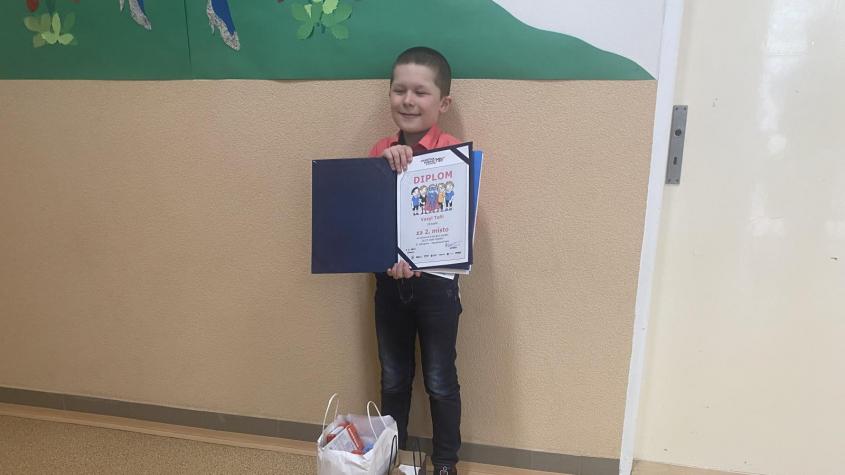 Vasyl z dobříšské základní školy získal v celorepublikové výtvarné soutěži Ulice není herna druhé místo