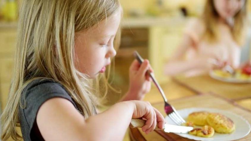 Středočeský kraj pomůže s financováním školních obědů dětem ze sociálně slabých rodin