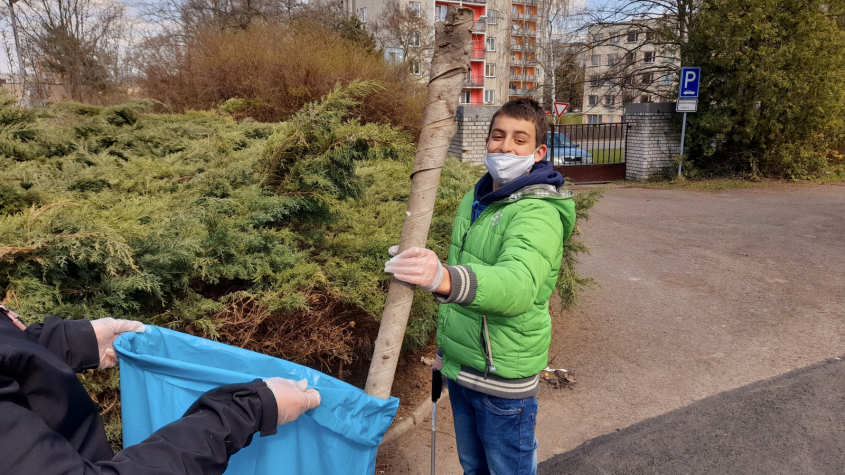 Dobrovolníci prozatím sebrali 25 kubíků odpadu