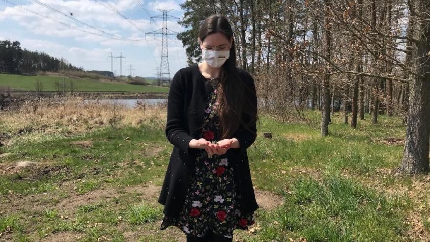 """Do mokřadu v Jablonné na Příbramsku se po téměř dvouleté odmlce vrací """"žabí zpěv"""""""