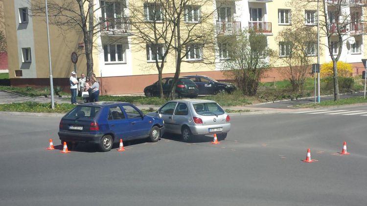 Nehoda v ulici Politických vězňů