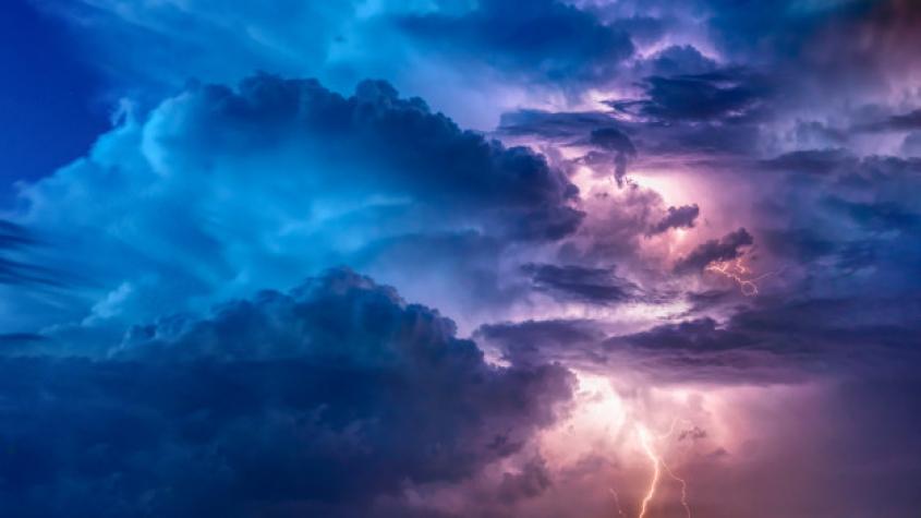 Příbramsko v sobotu zasáhnou bouřky, místy s krupobitím