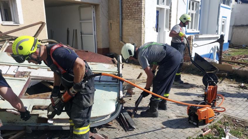 Na Hodonínsku pomáhají i hasiči z Petrovic