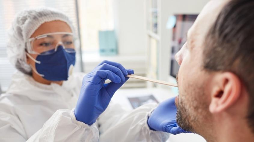 Středečních 235 případů koronaviru bylo opět méně než o týden dřív