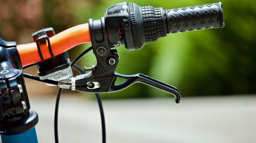 Cesta z Drkolnova k Flusárně bude pro cyklisty pohodlnější