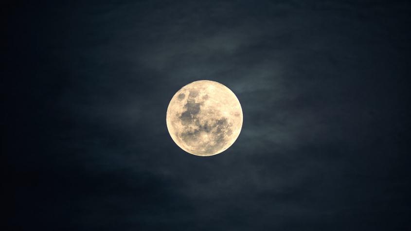 Program pozorování noční oblohy v Brdech nabídne Měsíc, Saturn a Jupiter