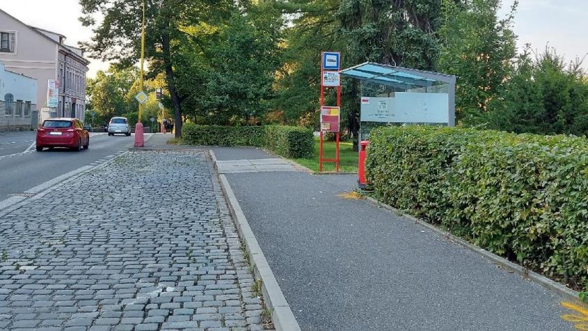 Autobusová zastávka v ulici Čs. armády bude dočasně mimo provoz